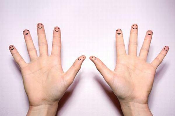 Số lượng hoa tay bật mí tính cách, cuộc sống hôn nhân của bạn