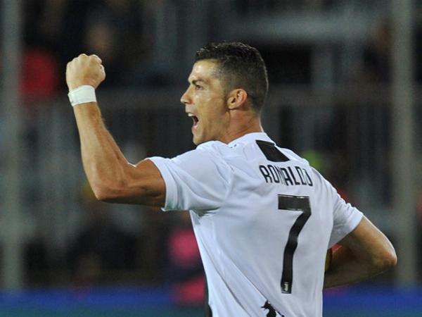 Ronaldo sẽ ở lại Juventus ít nhất một mùa giải nữa