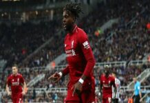 Tin CN 18/3: Dortmund tham gia cuộc đua giành sao Liverpool