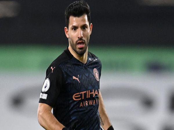 Chuyển nhượng tối 11/5: Barca đàm phán với Aguero & Depay