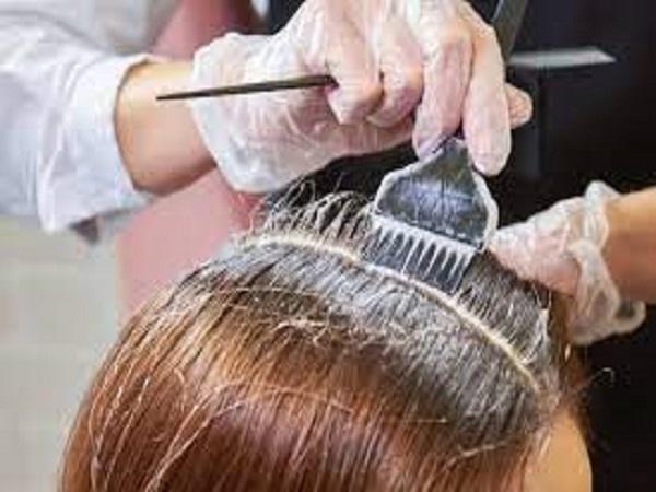 Mơ thấy nhuộm tóc đánh con gì?
